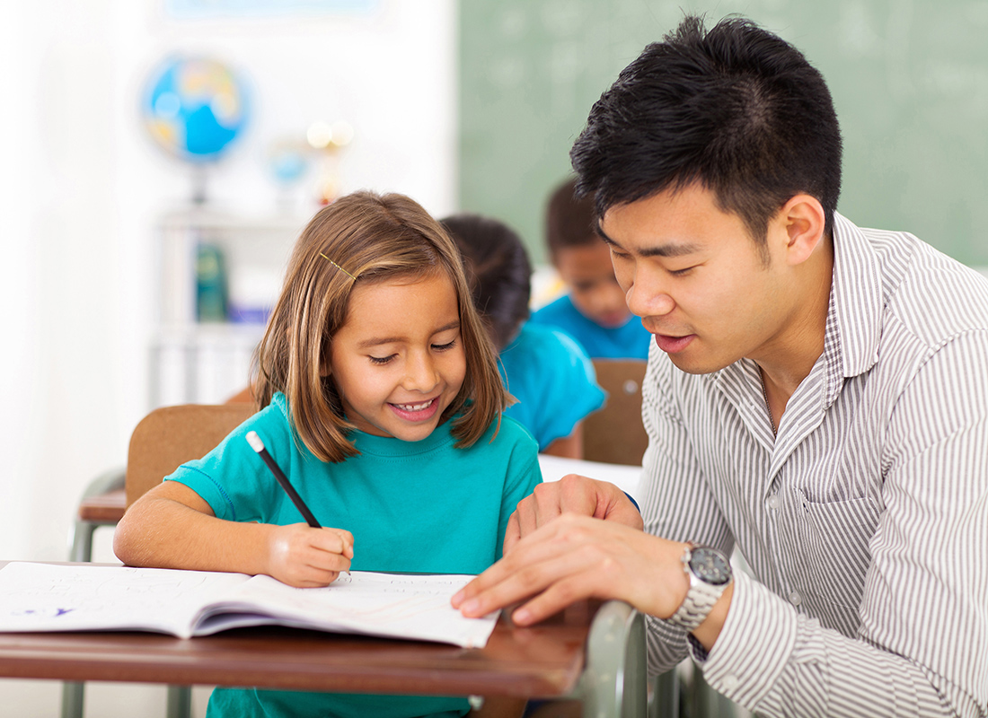 educational-assistant-istock-460493383