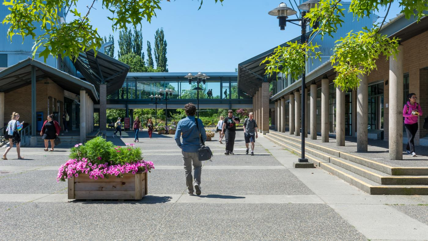 Langley Campus Courtyard